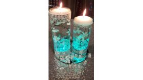 Image of a Clear Glass Vases w/Bling Wrap/Floating Candles/Submersible Light / w/Flower Stems