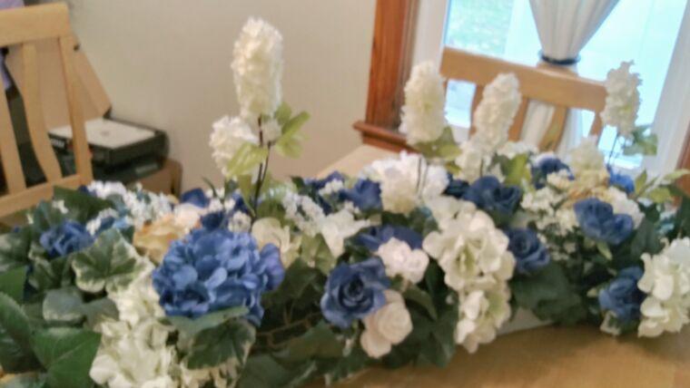 "Picture of a Blue/White Floral Flower Arrangement 36"""