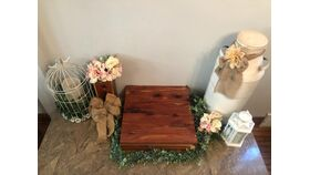 Image of a Cedar Cake Stand