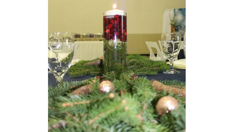 """Picture of a 12"""" Clear Glass Cylinder Vase w/ Floating Candle w/Live Evergreen & Cranberries/Ornaments"""