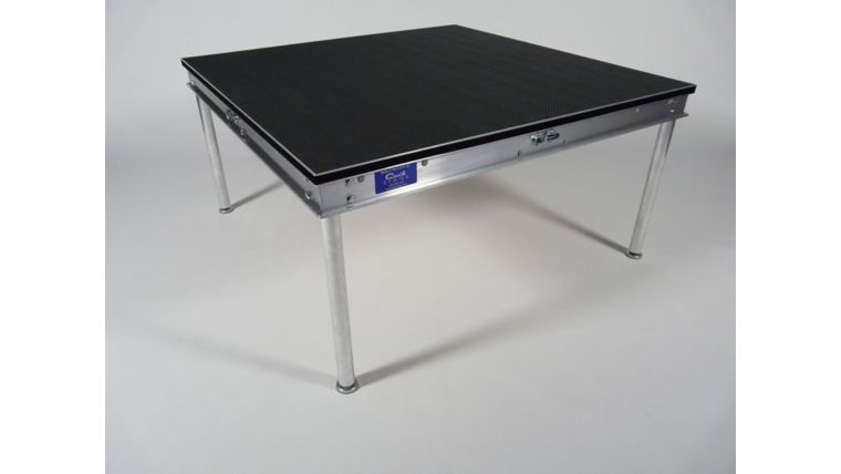 Picture of a 4 x 4 Stage platform