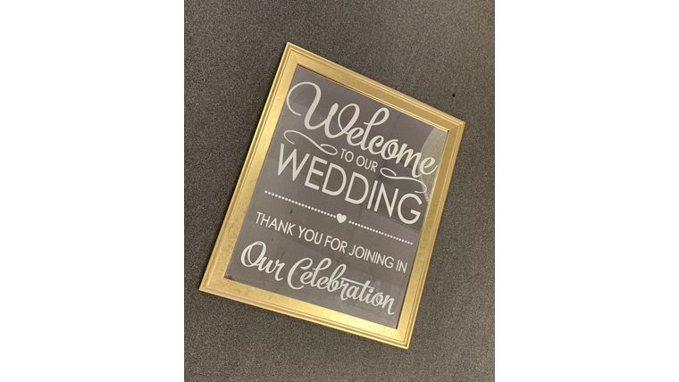 """Picture of a """"Welcome Our Wedding"""" Gold Mirror"""