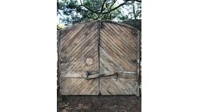 Image of a Barn Doors