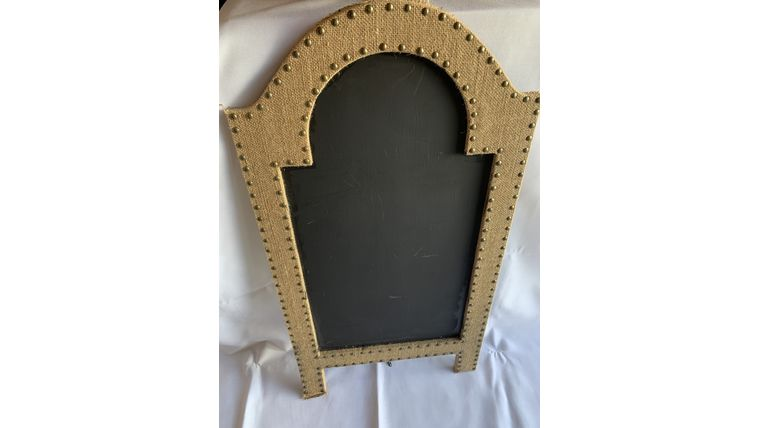 Picture of a Burlap Chalkboard (C)