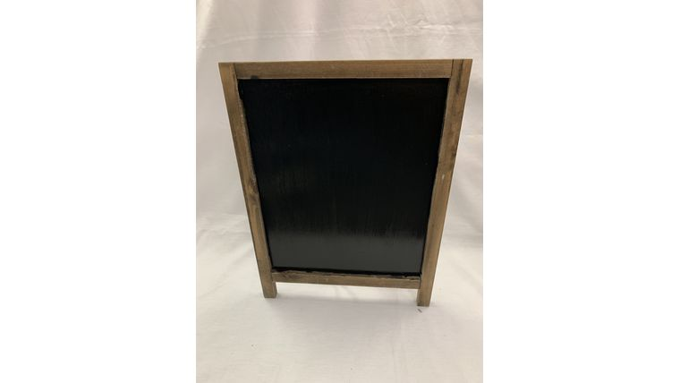 Picture of a Brown Chalkboard (B)