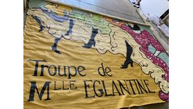 Image of a Backdrop-Troupe de Mlle Eglantine