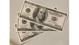 Image of a $100 Bill