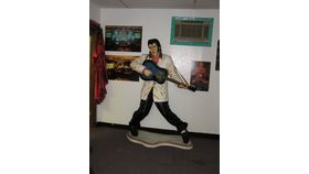 Image of a 6' Elvis Resin 3D