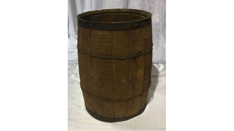 Picture of a Barrel-Whiskey-Wooden-Small