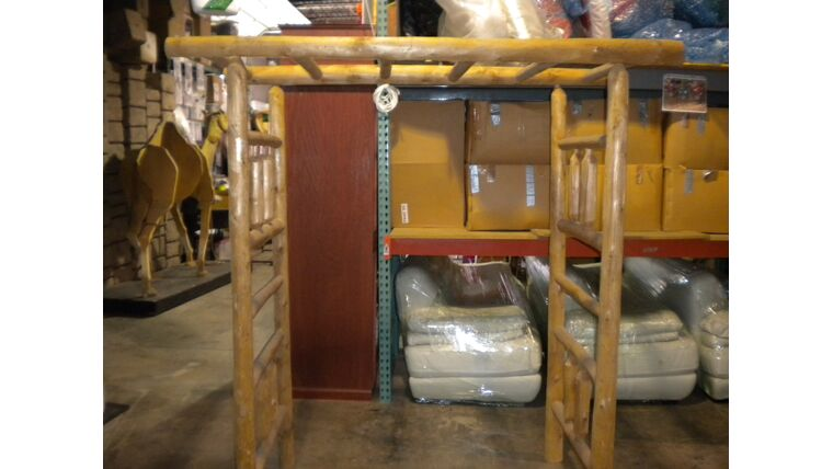 Picture of a 3 Pieces Pine Arbor