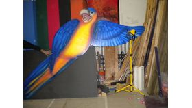 Image of a 8' Tropical Parrot