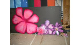 Image of a 5' Hot Pink Tropical Flowers