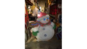 Image of a 3.5' Tall Snowman