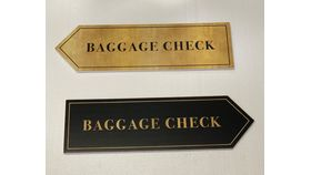 Image of a Sign-Baggage Claim Arrows