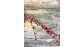Image of a 6ft Berry Garland