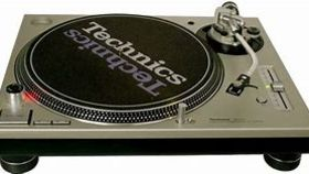 Image of a Technics 1200 DJ Turntable