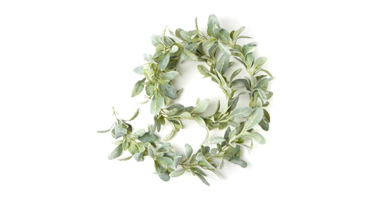 Picture of a Frosted Garland