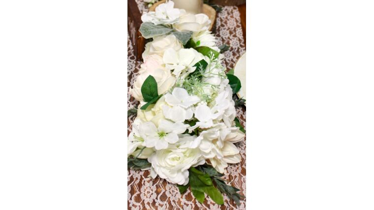 Picture of a White Floral Block