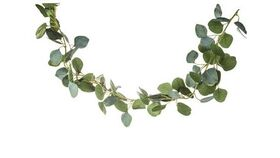 Image of a Eucalyptus Leaf Garland