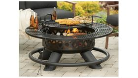 Image of a Fire Pit - Wood Burning