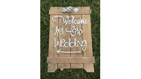 "Image of a "" Welcome to our Wedding"" Sign"