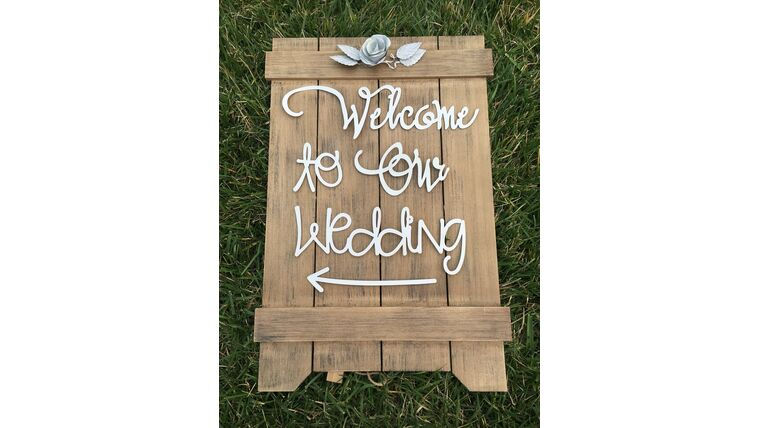 """Picture of a """" Welcome to our Wedding"""" Sign"""