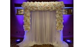 Image of a FLORAL ARCH
