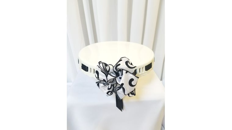 "Picture of a 10"" White Ceramic w/Black & White Filigree Ribbon"