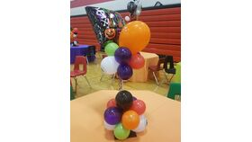 Image of a Halloween Wobble Table centerpieces
