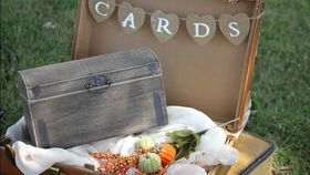 Image of a Fall Card Box with Suitcase