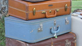 Image of a 4 Suitcase Look