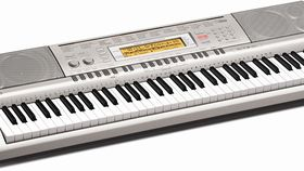 Image of a Casio Piano WK-200
