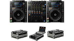 Image of a Pioneer DJ CDJ-2000 NXS2 + DJM-900 NXS2