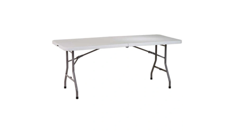 """Picture of a 72"""" Banquet Table"""