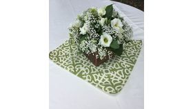 "Image of a Garden Lattice - Mini Topper - Fern Green 20"" square"