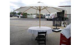 Image of a Ivory Market Umbrella With Base - 9'