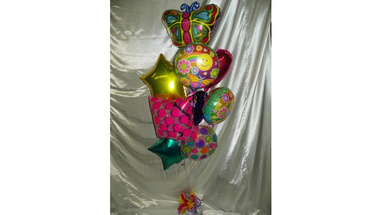 Picture of a #9 Mylar Balloon Bouquet