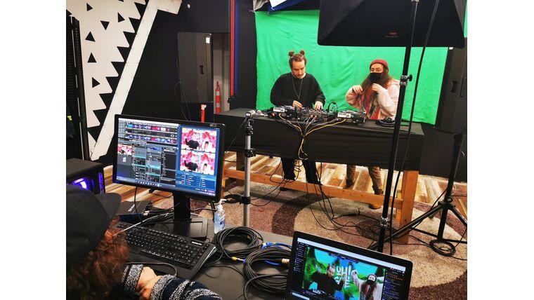 Picture of a Creative Studio VJ Greenscreen Livestream