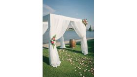 Image of a ARCH - Pergola WHITE Fabric Draping