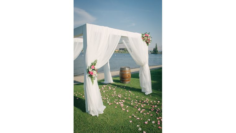 Picture of a ARCH - Pergola WHITE Fabric Draping