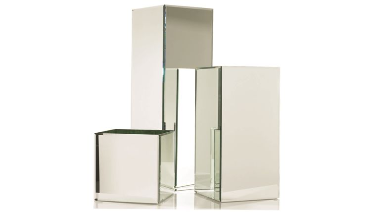 Picture of a AD Mirror Pedestals