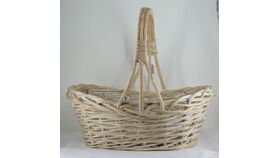 "Image of a 19"" Oval Off White Wicker Basket"