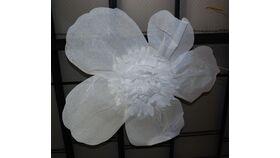 Image of a Buckram Flowers 4.5' Diam