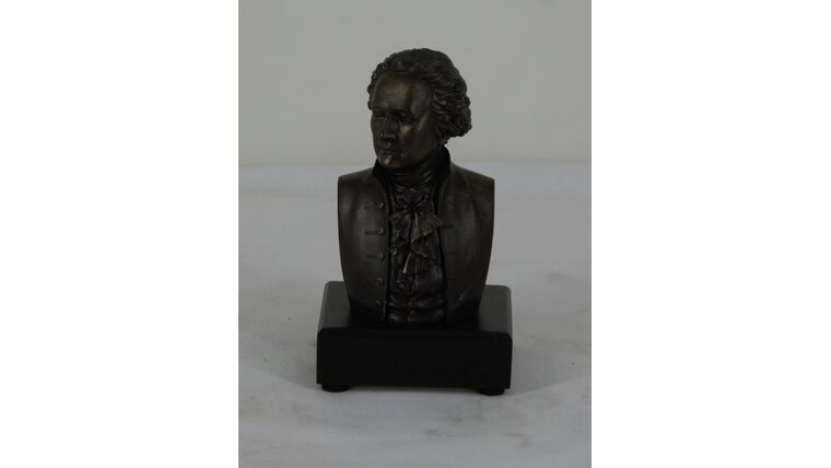 Picture of a Alexander Hamilton Bust