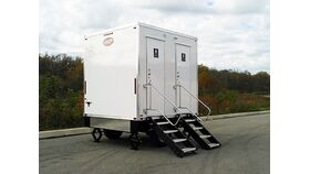 Image of a Lux Restroom Trailer up to 100 Guests