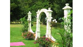 Image of a Faux-Stone Archway