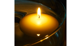 "Image of a 3"" Ivory Floating Candle"