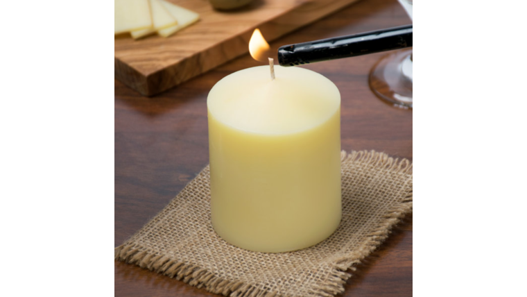 """Picture of a 3 1/2"""" Ivory Pillar Candle"""