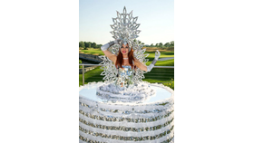 Image of a Table Lady - Ice Princess