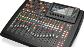 Image of a Behringer X32 Compact